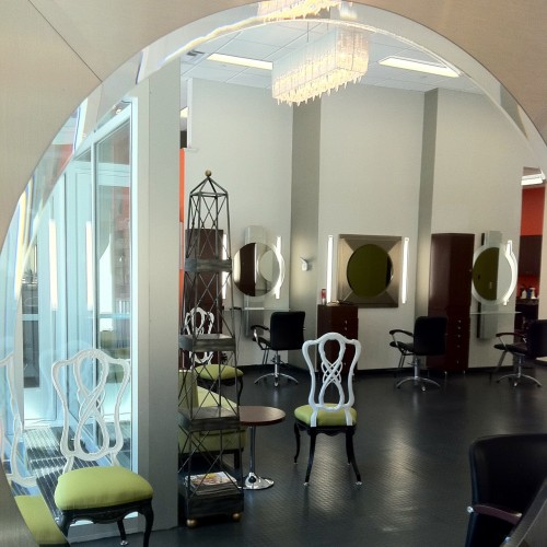 Ezelli Salon Interior